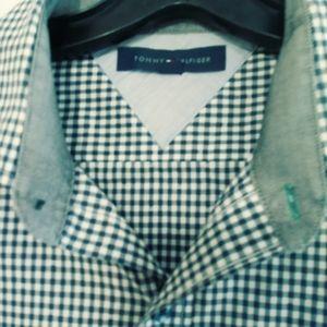 Tommy Hilfiger Slim Fit Shirt.